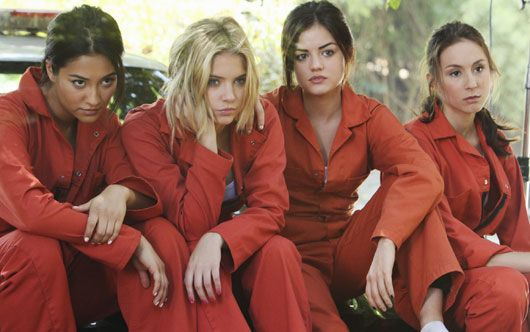 SPOILERS SPOILERS!!!!!!!!!!!!!!!!!!! pretty little liars spoilers season 5 | Pretty Little Liars' Season 5 spoilers: Lucas returning and an army ...