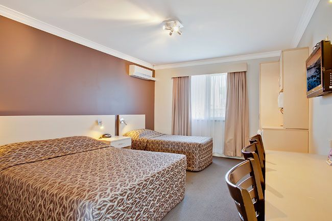 Accommodation in Moree NSW - Moree Spa Motor Inn is conveniently located in the heart of Moree in New South Wales. Get the best accommodation packages in moree.