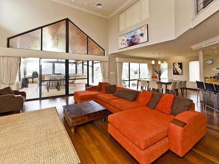 Living Areas image: Beige, Browns - 651376