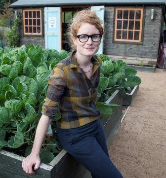 Alys Fowler in the Urban Veg Garden- <3 the colours in her shirt too!