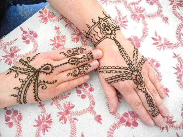 Mehndi Bracelet Easy : Hand chain design my love life with henna pinterest