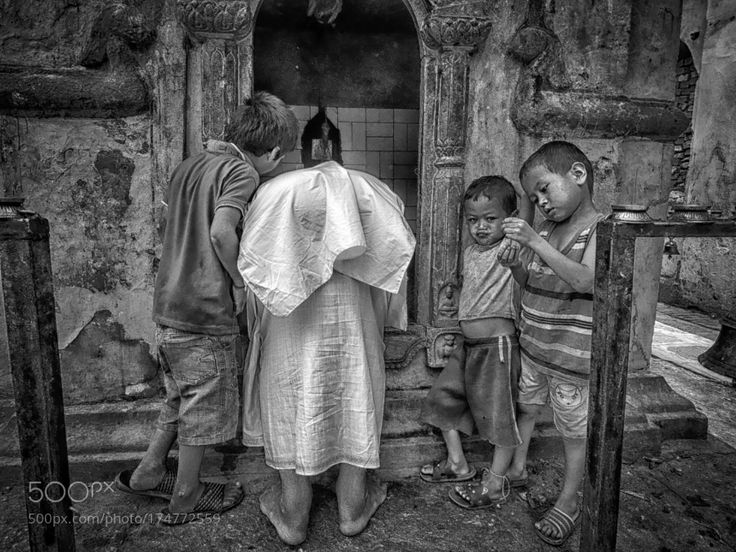 Mother Theresa  and The Tomb Raiders by blindmanshooting