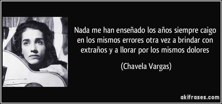 Isabel Vargas Lizano, conocida artísticamente como Chavela Vargas (San Joaquín de Flores, Heredia, Costa Rica, 17 de abril de 1919-Cuernavaca, Morelos, México, 5 de agosto de 2012), fue una cantante costarricense, naturalizada mexicana. Se la...