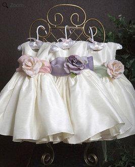 Blumenmädchen Kleid weiß Taufe, Kommunion Oster Special Occasion Flower Kleid Rosa, Orange, Navy, Fuchsia Sash auf Etsy, 27,40€