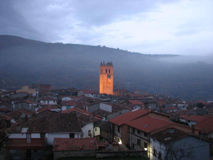 Hermosa panorámica de Garganta la Olla desde la Carretera que nos lleva al Monasterio de Yuste.
