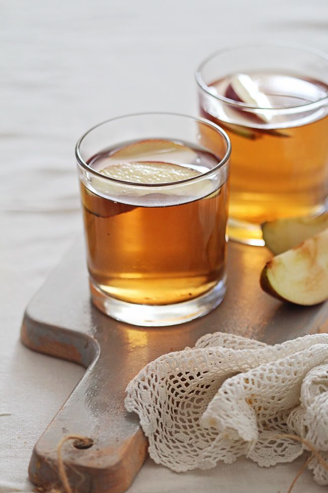 Warm up with a Honey Bourbon Apple Cider - the perfect cocktail recipe to transition to fall.