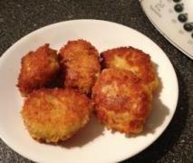 Chicken Nuggets . . . HOWEZAT!