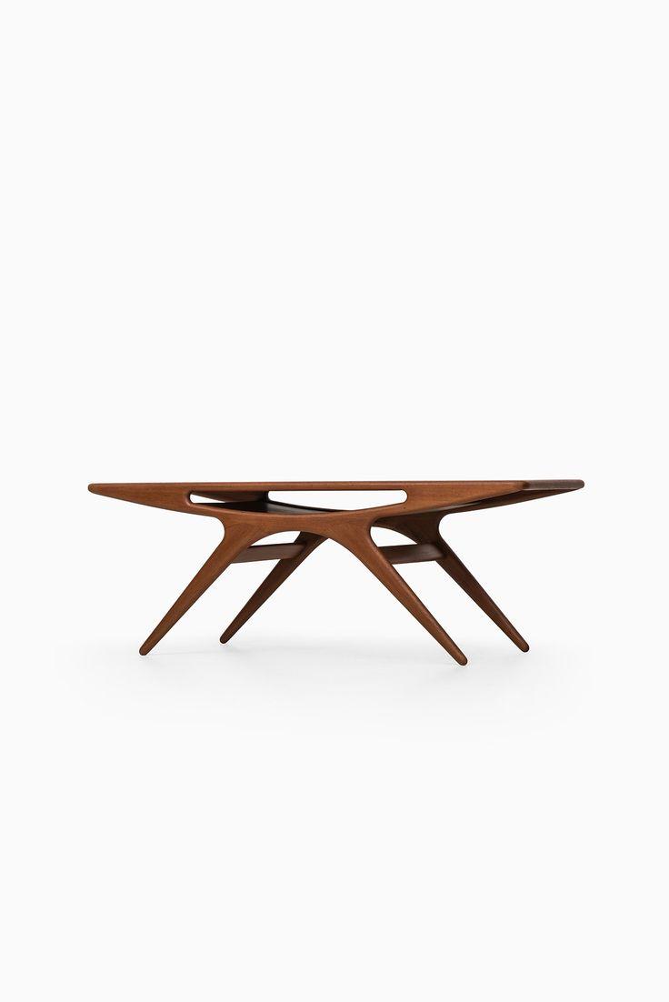 Johannes Andersen smiling coffee table in teak at Studio Schalling