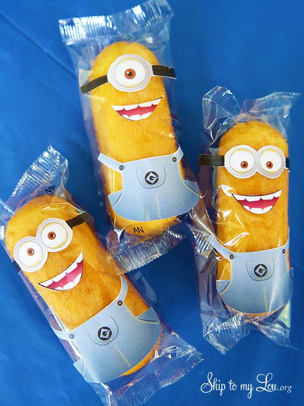 Free printable minion twinkie wrappers #make #minion skiptomylou.org