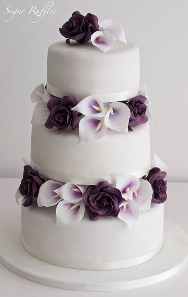 Cake Design In Charlwood : The 25+ best ideas about Wedding Cakes on Pinterest ...