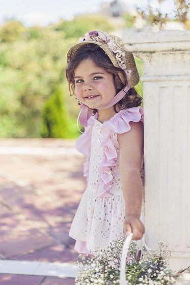 Capota de paja con flores preservadas para niña  9b80a315e007