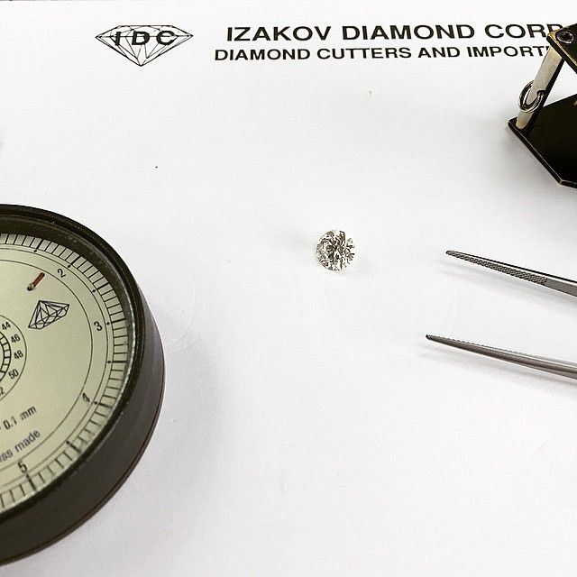 """New diamonds in stock! We have the highest quality diamonds for the best wholesale prices in Texas! Call us today: (972)233-6708 motek.diamonds #Diamond #dfw #Dallas #diamonds #wholesalediamonds #wholesale #dallastexas #texas #jewelry #finejewelry #loosediamonds #bestintexas #bestindallas #someoneyoucantrust #motekdiamonds #idc"" Photo taken by @motekdiamonds on Instagram, pinned via the InstaPin iOS App! http://www.instapinapp.com (04/08/2015)"