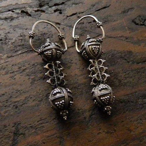 ancient europe bronze earrings
