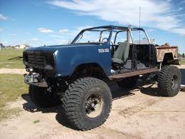1978 Dodge Power Wagon W950 by 'Mad Max' http://www.truckbuilds.net/1978-dodge-power-wagon-w950-build-by-mad-max