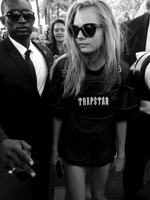 Cara                         - cara-delevingne Photo