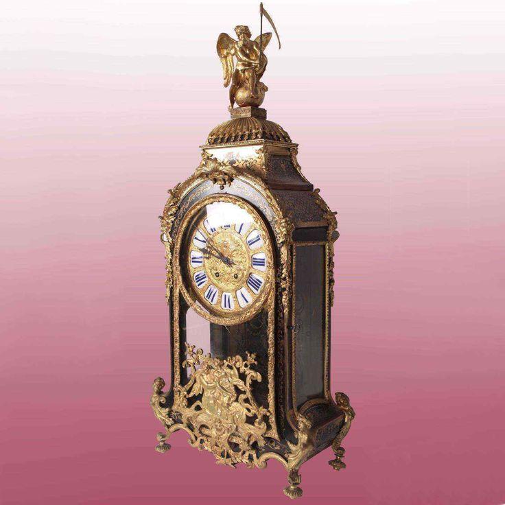 Splendido orologio in ebano con lavorazione Boulle