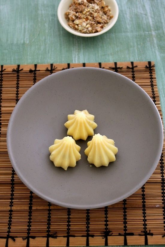 Mawa modak recipe for ganesh chaturthi (step by step recipe) - The outer covering is made from mawa/khoya. It is stuffed with figs and nuts.