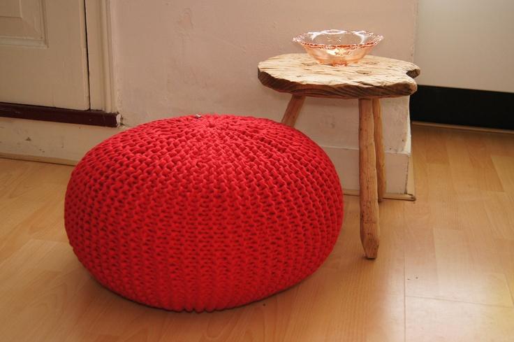 Handmade knitted pouf/floor cushion (gebreide poef/vloerkussen)