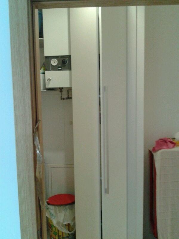 17 mejores ideas sobre puertas de armario plegables en - Puertas plegables armarios ...