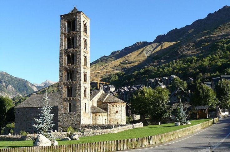 Church of San Clemente de Taull, Catalan Romanesque | Spain. _____________________________ Wikipedia.org