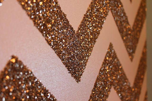 glitter!: Ideas, Paintings Canvas, Glitter Chevron Canvas, Glitter Wall, Chevron Wall, Diy, Girls Rooms, Chevron Stripes, Accent Wall