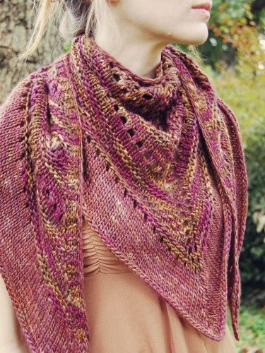 Faraway, So Close | Carina Spencer  FOr purchase but a gorgeous shawl esp. for handspun yarns