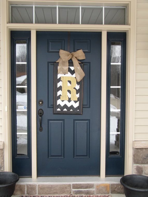 Love this colour for the front door! Spring door decor large chevron wood