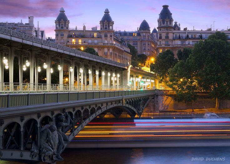 Bir-Hakeim bridge in Paris by David Duchens on 500px