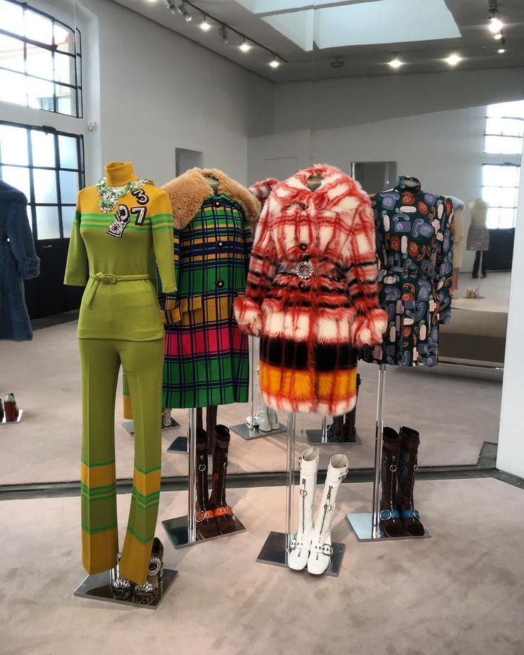 MiuMiu Press Day ������ #MiuMiu #pressday #miucciaprada #love #amazing #fw17 #fallwinter #fallwinter17 #collection #press #70s #love #stunning #fashion #fashionshow #fashionpost #fashionable #fashiongram #fashionstyle #runwaylook #runway #paris #instadaily #instafashion #instacool #instalike #instalove #instapress http://butimag.com/ipost/1497045871161663391/?code=BTGk0nDDl-f