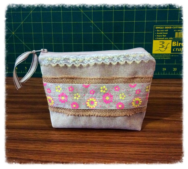 Makeup bag, Cosmetic bag, Zipper pouch by FengsCreations on Etsy