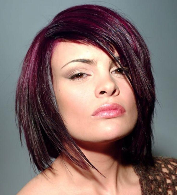 frisuren-mittellang-farbe-magenta-lila-aubergine-haar-stylen-mode