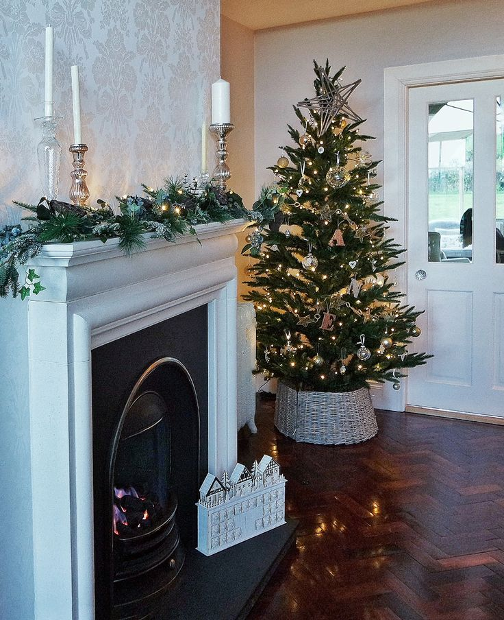 Laura Ashley Blog   A COUNTRY CHRISTMAS WITH LIFE AT THE LITTLE WOOD lauraashley.com/blog