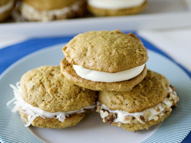 carrot cake whoopie pies delicious cookies cakes cakes cookies candy ...