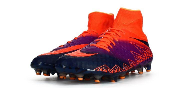 Botas de fútbol Nike Hypervenom Phantom II AG-PRO - Rojo Carmesí / Púrpura Vivid - Perspectiva conjunta