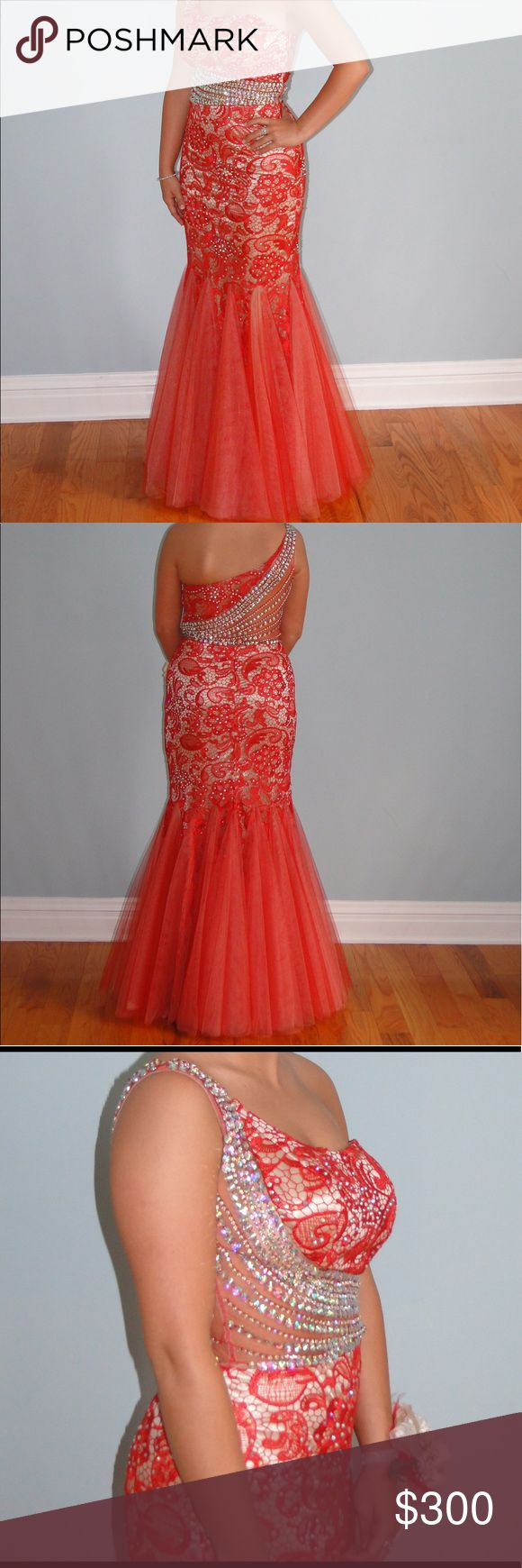Prom dress Great condition, worn once, freshly dry cleaned Panoply  Dresses Prom