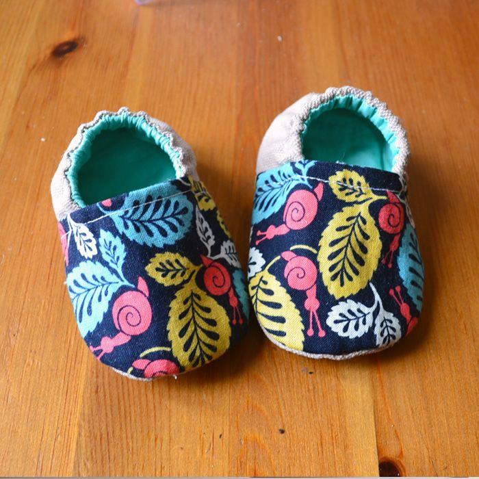 Des jolis kits de couture par My Little Bag | Tuto & Patron : Les petits chaussons pour bébé