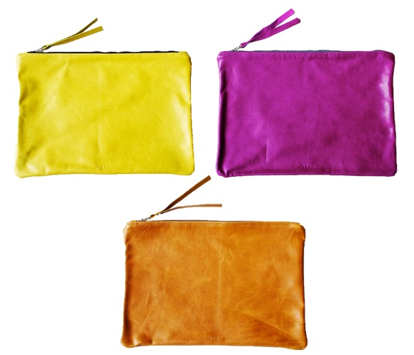 Leather Pouches: Leather Pouch, Colour Leather, Electric Leather, Colors Leather, Purses Bags Clutches, Leather Clutches, Xl Leather, Italian Leather, Envelopes Clutches