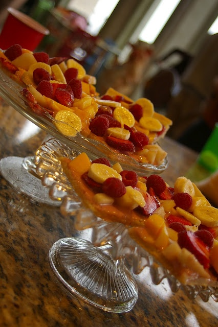 Fruit Pizza | Fruit Pizza | Pinterest | Fruit Pizzas, Pizza and Fruit