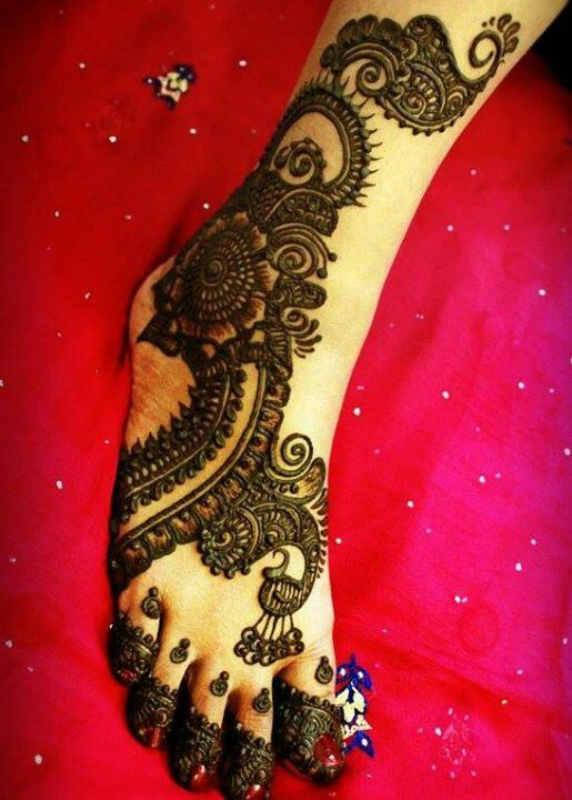 Idea for Mehendi Design for Feet