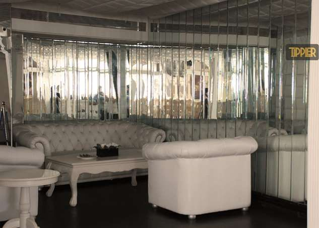 villa 69 juhu mumbai white victorian contemporary interiors beautiful restaurants to visit in india 2015 - Contemporary Restaurant 2015