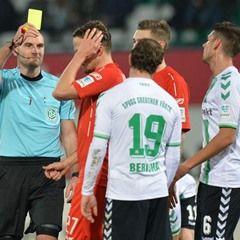 2. Bundesliga - SpVgg Greuther Fuerth vs Arminia Bielefeld