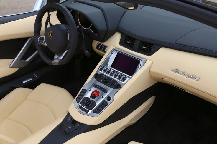 Lamborghini Aventador Roadster Quick Drive: A $400,000 Pay Date Earns Its Fee
