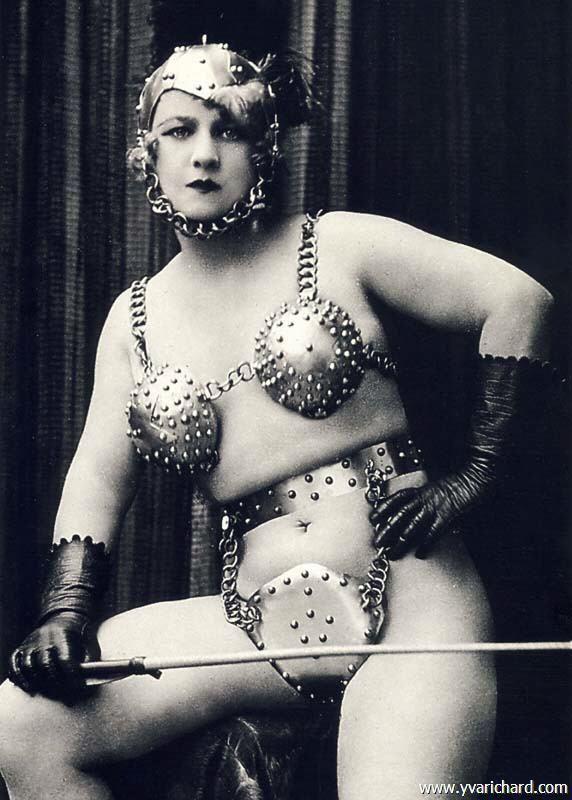 nude-vintage-erotic-forum-sarah-young-get