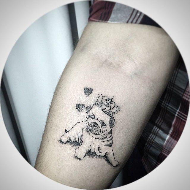 A Pug da cliente Yohranna !! Valeu e até breve!! Contato para agendamento e orçamentos 27 999805879 com @bruno_a_luppi - O studio fica em Jardim da Penha - shopping jardins - Vitoria -Espirito Santo #kadutattoo #tattoo #tatuagem #tatuajes #tattoos #tatuagensfemininas #inked #tat #inkblack #tattooed #tattooartist #tattoolife #tattooist #instatattoo #ink #art #tattooart #linework #dotwork #blackwork #blackink #line #inspirationtatto #fineline #dog #pugdog #love