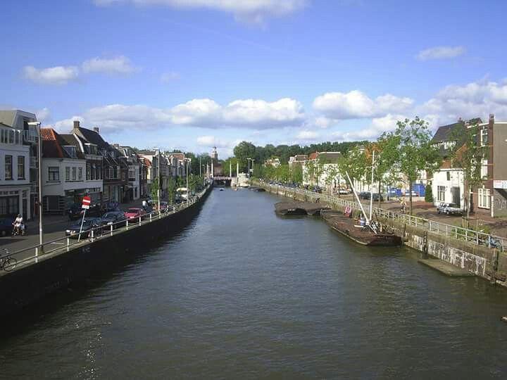 Utrecht Altijd: de Vaartse Rijn met Oosterkade en Westerkade. Eigenlijk net buiten Rivierenwijk, maar toch...