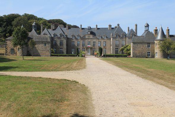 Flamanville, château