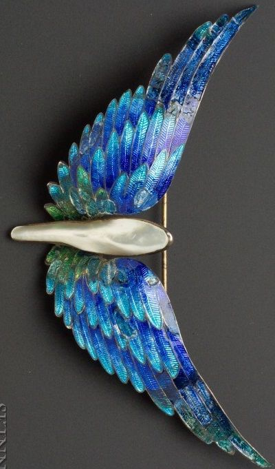 Art Nouveau Blister Pearl and Enamel Brooch, designed as polychrome enamel wings centering a blister pearl, giltmetal mount.