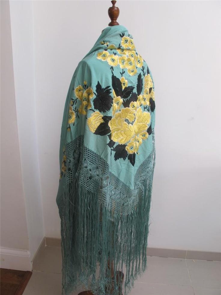 1920's shawl/ manton,   unusal colors