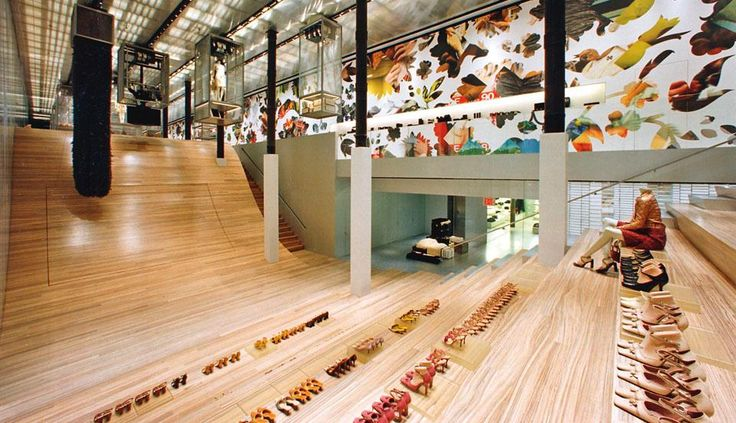 Prada store nyc rem koolhaas architecture d 39 exception for Architecture interior design new york