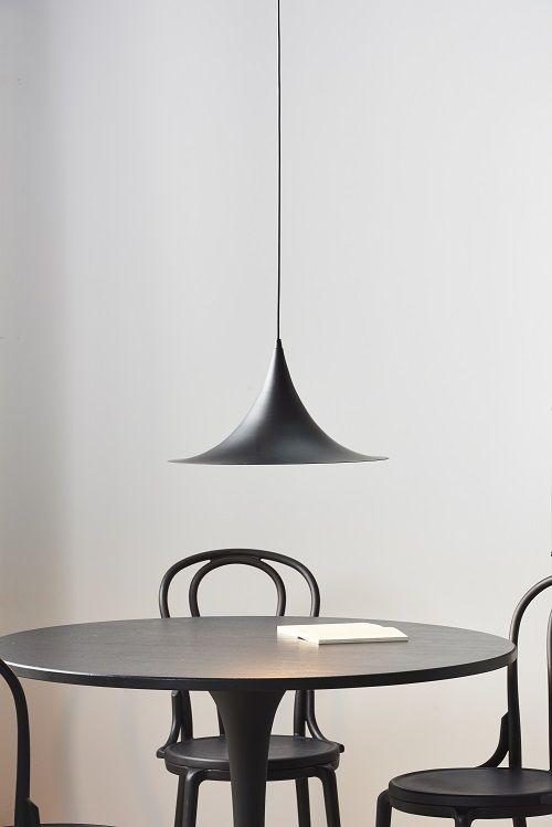 Zwarte Ronde Eettafel Karwei.Zwarte Trompetlamp Black Hanging Lamp Karwei 1 2018